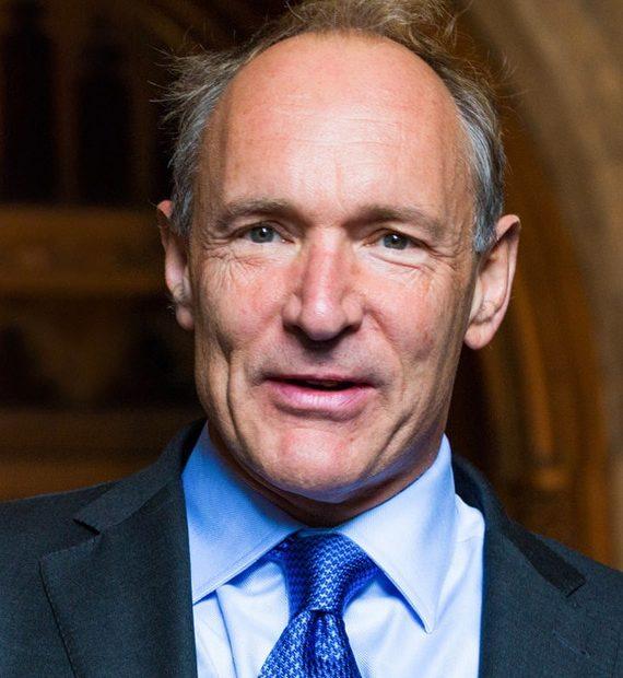 Sir Tim Berners Lee - Creatorul WWW intentioneaza sa elibereze Internetul